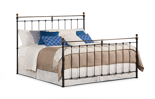 Newfield King High-foot bed in Wrought Iron with Antique Brass