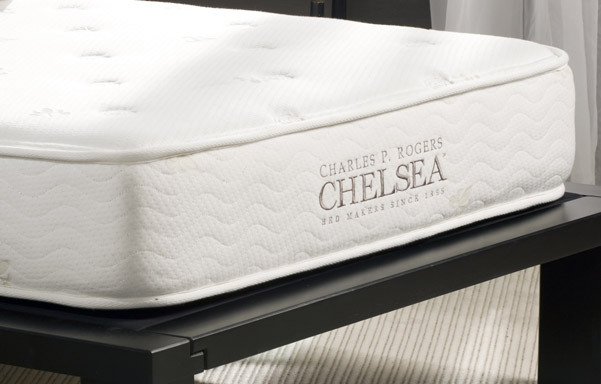 Chelsea daybed mattress cover quilt