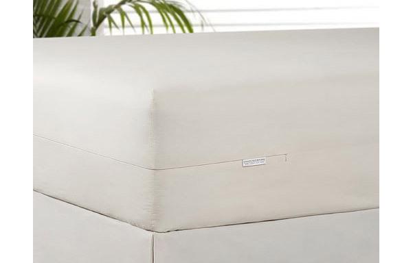 Organic cotton mattress encasement package