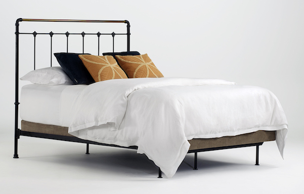Leighton Queen size open-foot bed Antique black with Antique Brass