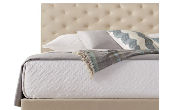 San Diego linen bed closeup