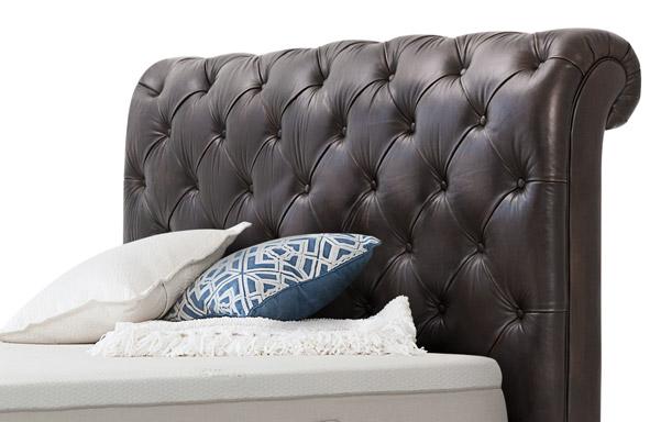 Hampton queen headboard – vintage chestnut leather