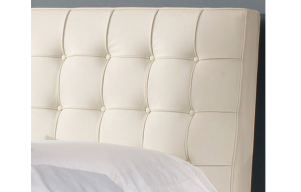 Newhouse bed ultra white leather upholstery detail