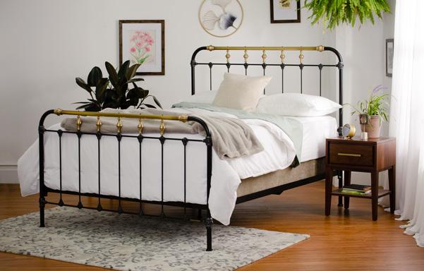 Boston queen high-foot bed