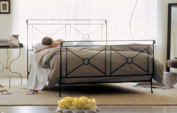 Campaign Queen size bed in Wrought Iron