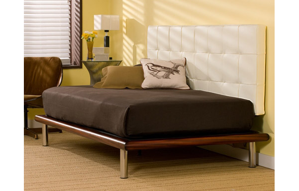 Mies daybed – tiger mahogany with white leather backrest